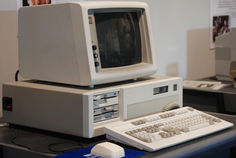 olivetti monitor usato