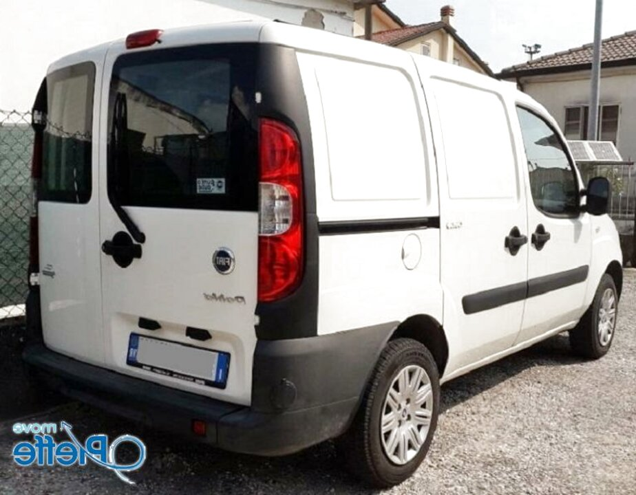 KREMER Barre Portattutto per Maniglioni Alti Specifiche per Fiat Doblo dal 2010