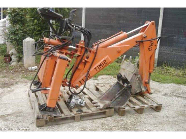 retro escavatore usato