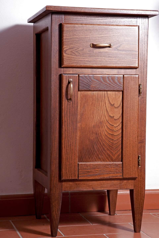 comodini antichi legno