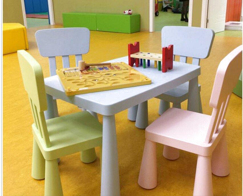 Tavoli E Sedie In Plastica Per Bambini.Sedia Tavolo Bambini Usato In Italia Vedi Tutte I 50 Prezzi