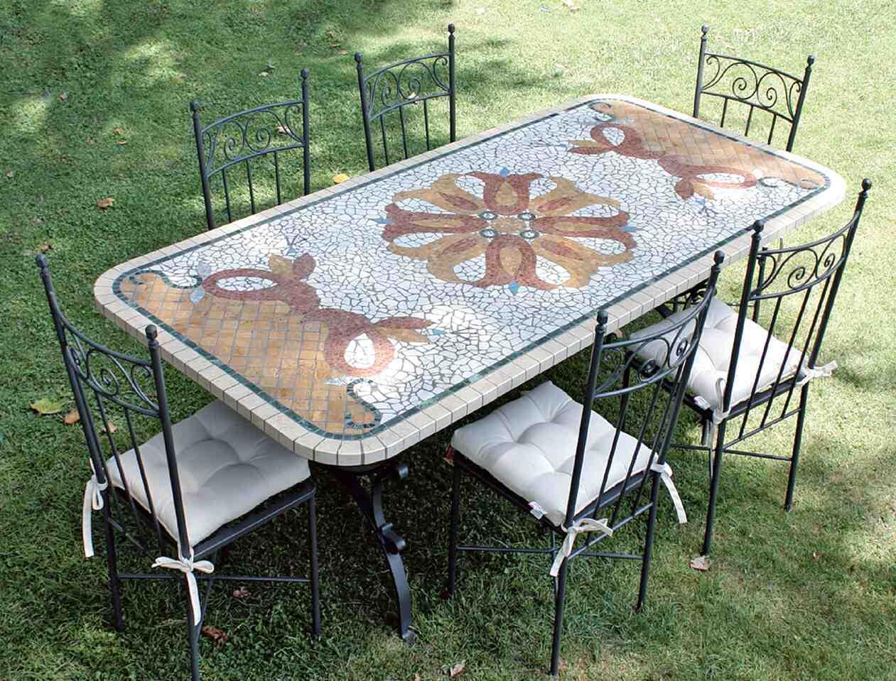 Tavoli Da Giardino In Ferro Battuto E Mosaico Usati ...