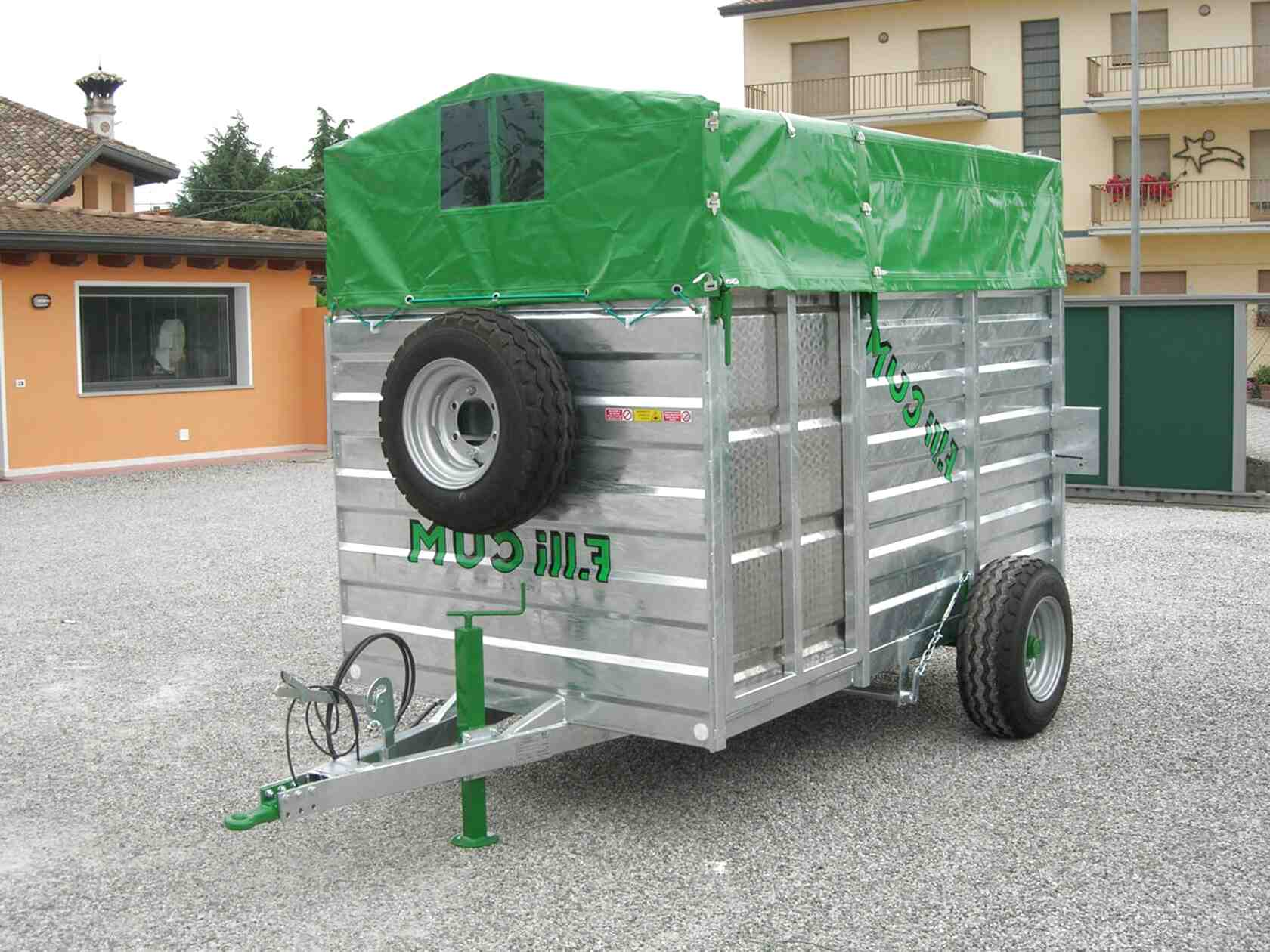 carrelli trasporto animali usato