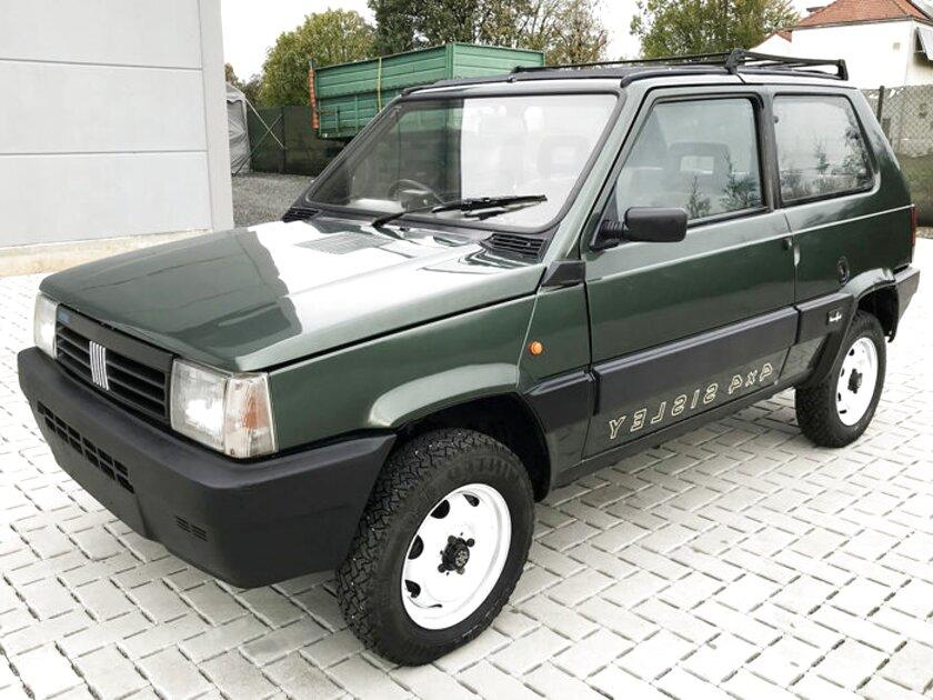 FIAT PANDA 4x4 SISLEY 1984//2003 TARGHETTE LATERALI CON CANOE A RILIEVO NON STAMP