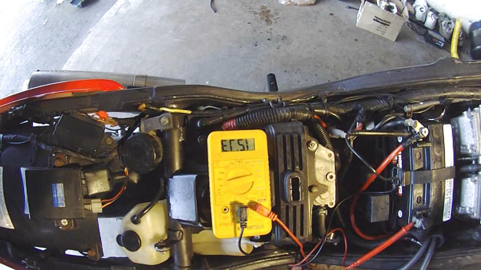 tdm 850 batteria usato