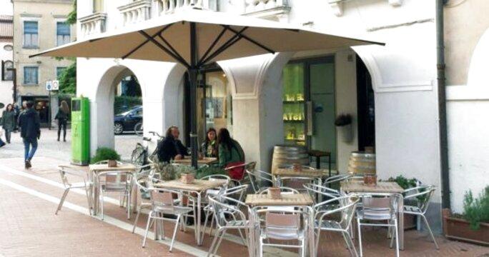Ombrelloni Usati Da Giardino.Ombrelloni Bar Usato In Italia Vedi Tutte I 63 Prezzi