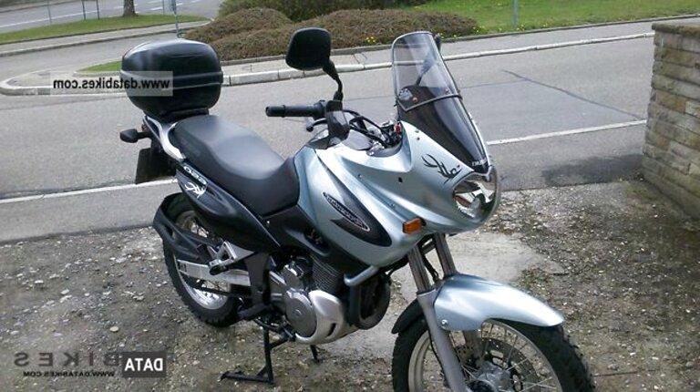 2003 Suzuki XF 650 Freewind - Moto.ZombDrive.COM