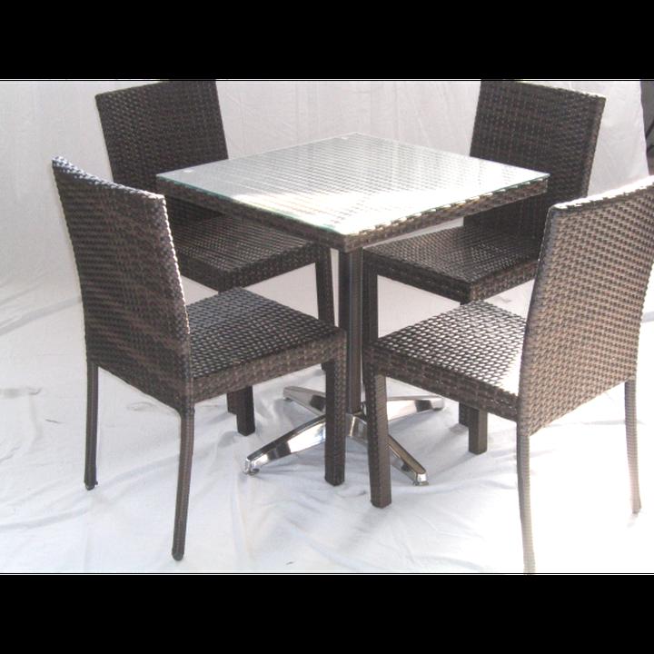 Tavoli E Sedie Per Esterno Bar Usati.Tavoli Giardino 70x70 Rattan Usato In Italia Vedi Tutte I 10 Prezzi